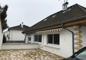 ARNOUVILLE, 5 Bedrooms Bedrooms, ,3 BathroomsBathrooms,Maison / Villa,A Vendre,1041